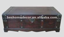 VINTAGE BLACK STEAMER TRUNK BLANKET BOX ~ CHEST COFFEE TABLE