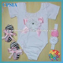 nuevo bebé lindo leotardos con el color blanco