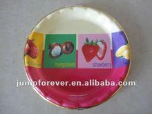 Round plastic cake plate