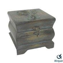 Decoration antique custom trunk