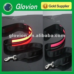 2012 Best sell LED flashing dog leashes retractable dog leash promotional gift of light-up leashes