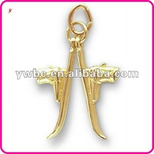 2012 fashion skis with boots bracelet charm (H102469)