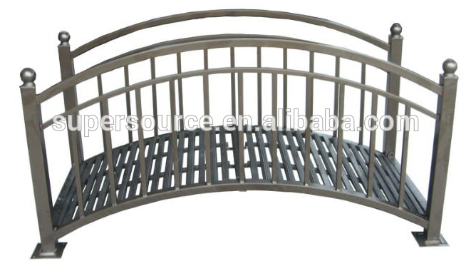 Classic steel garden bridge buy hot sale garden metal for Metal garden bridge designs