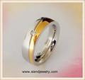 ingrosso comfort fit finitura lucida strass pavimentata in acciaio chirurgico 14k anello nuziale in oro