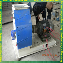 Animal Feed Crusher And Mixer Hammer Mill Supplier/Manufacturer