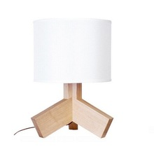 Modern Tripod Wooden Tripod Table Lamp