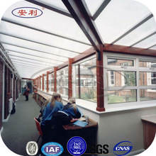 Aluminum frame retractable balcony awning
