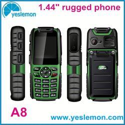 radio mobile phones 2.4 inch rugged phone