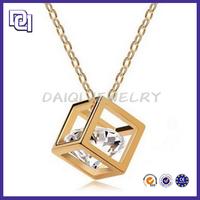 2014 NEWEST DESIGN PENDANT NECKLACE / DAZZLING DIAMOND LOW PRICE PER CARAT/FASHION GOLD NECKLACE DESIGNS IN 10 GRAMS