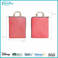 Wholesale custom beautiful korean waterproof cosmetic paper bag