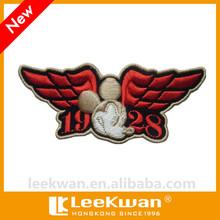 Nuovo custom design 3d immagine e stile esercito angelo rosso forma delle ali ricamo della zona, distintivo ricamato con velcro- su capi