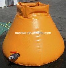 Flexible plastic water tank