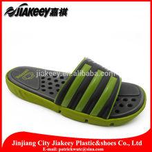 venta al por mayor de old navy terry loofah paño flip flop zapatillas hechas en china con precio barato