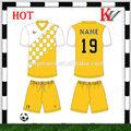 การออกแบบฟรีเย็นแห้งjerseyฟุตบอลเครื่องแบบกีฬาสีแดงและสีเหลือง