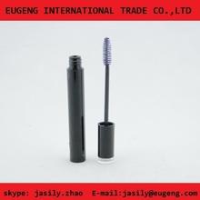 Elegant Cylindrical Black Theme Complete eyelash container