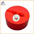 Горный цилиндра подарок коробка шоколада с цветок на крышке