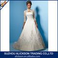 2014 exclusivo de uma linha de bordados cetim varrer trem três quartos manga vestido de casamento