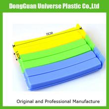 Plastic food bag sealer clip