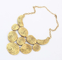 vintage decorative pattern metal alloy necklace