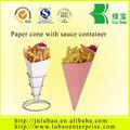 Cônes de papier alimentaire français frites papier cône- jetables. avec sauce contenant