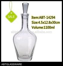 Handmade Transparent highly popular shaped glass wine decanter wine aerator decanter