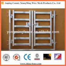 Galvanized tubing metal panels for lamb
