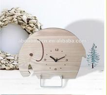 Mini wooden table/desk clock in elephant shape for childern