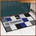 el diseño de la puerta de entrada de goma mat