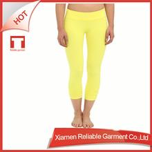 Personnalisé remise en forme / Skin tight tricot OEM / ODM gros femmes vêtements de sport remise en forme et vêtements de yoga