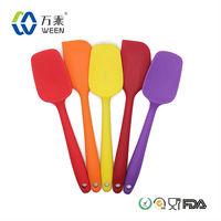 Food Grade LFGB Standard Eco-friendly Purple Plastic Handle Non-stick Silicone Shovel