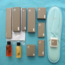 Hotel Bedroom Amenities with Hotel slippers/shampoo/gel/soap and so on