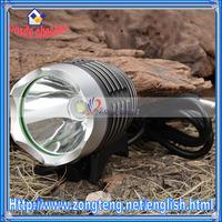 3Mode 900 Lumen White LED Bike Light With Battery Pack Set