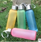 Plastic drinking cup Tritan friendly material /Low price water bottle/Elegant drinking bottle with lift grip