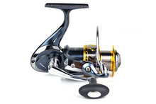 High Quality Wholesale Japan fishing reel tackle 5.2:1 12BB+1RB spinning reel SGD13