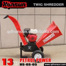 High quality Honda motor CE approved Kohler gas engine trailer hydraulic log chipper shredder with gasoline engine