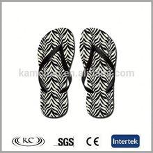 usa popular bulk wholesale anti-slip plain embossed sole flip flops