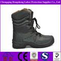 Invierno caliente de la piel de la nieve de zapatos protectores