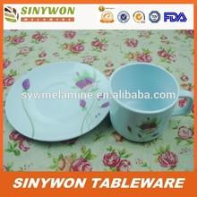 gıda sınıfı melamin plastik çay bardak ve tabaklar toplu