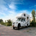 2014 venda quente! Painel de sanduíche caravan usados nissan caravan van com preço baixo