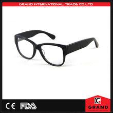 nero occhiali di plastica con clip sul magnetico