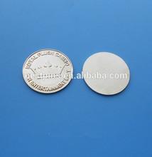 Silver royal flush casino challenge coin, 3D crown souvenir coin