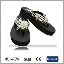 trendy hot sale bling promotional interchangeable flip flops with beaded tops