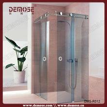 russian luxury shower room with sliding door