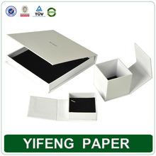 China Elegant Beautiful Necklace Jewelry Packaging Paper white square cardboard box