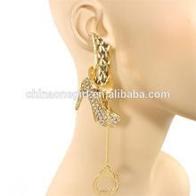 Crystal Gold Divas Leng Handcuff Long Urban Halloween Stud Earring