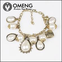 Italian Vintage Jewelry Antic Gold Flamboyant Sculpture Imitation Peal Beads Bracelet