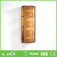 Fancy retial package modern walk in wardrobe closet with sliding doors design