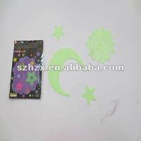 safe plastic star/moon/sun shape magical flourescent glowing card toy