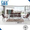 O design do modelo sofá para escritório braço de madeira 402( 1+1+3) com almofada cheia