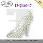 Green Maxmara high-heel shoes for ring display